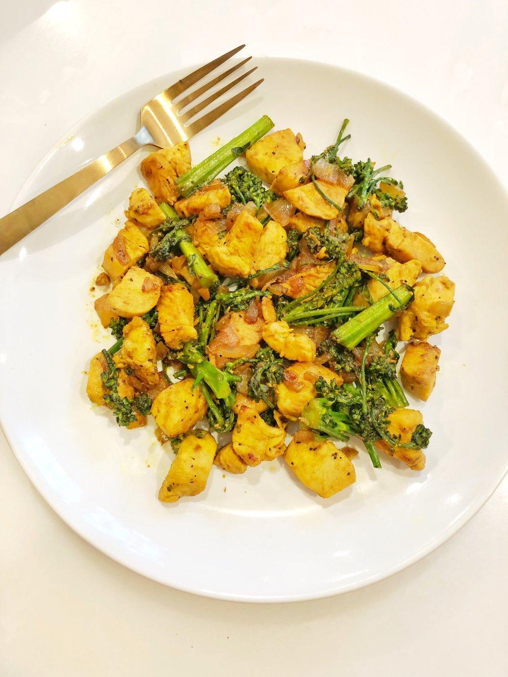 IMG_1422.jpg-chicken-turmeric-broccolini-stir-fry-dinner