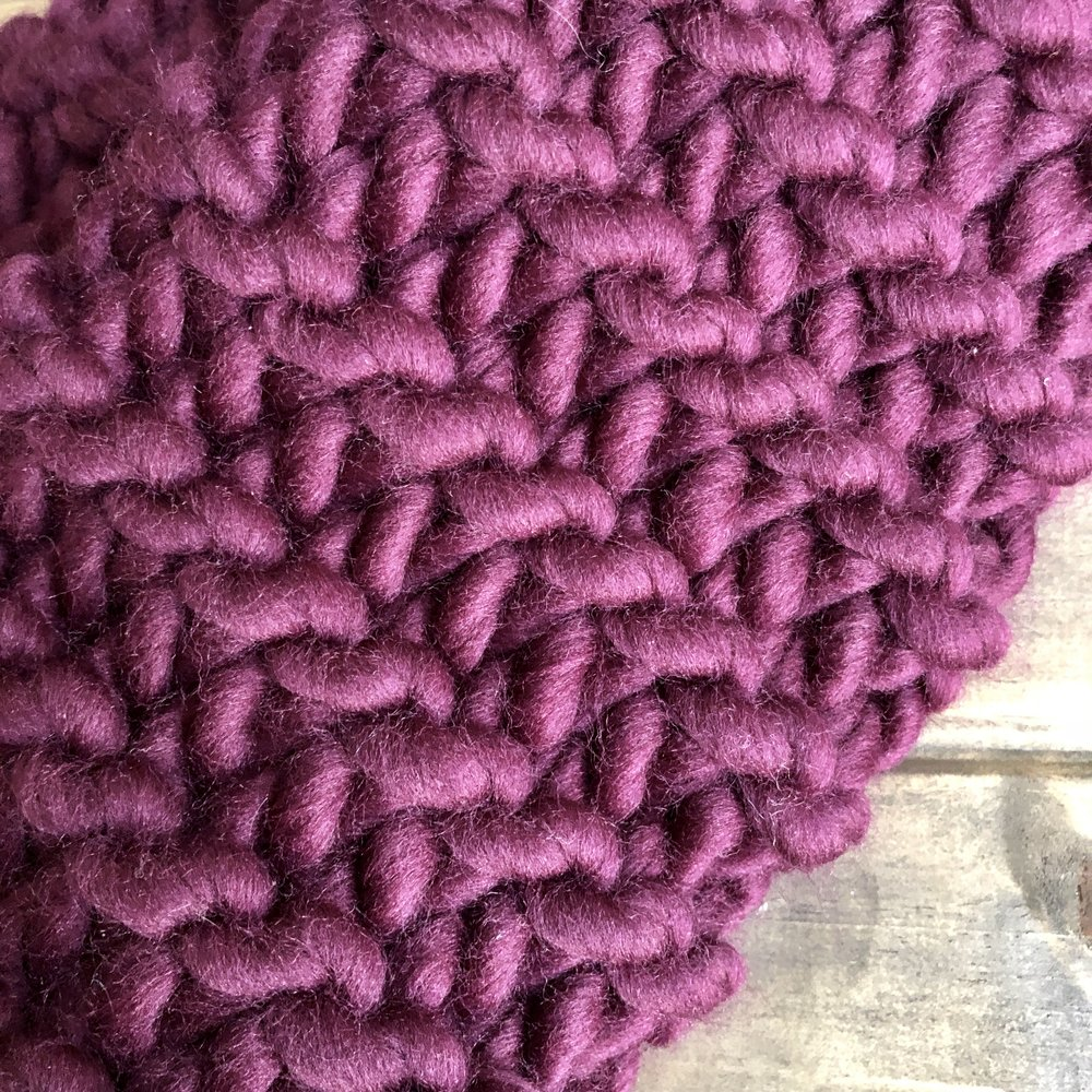 Knit-Look Cowl - Crochet Pattern - The Roving Nomad