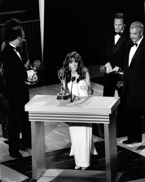 Guisewite accepting her Emmy Award for the Cathy TV special.