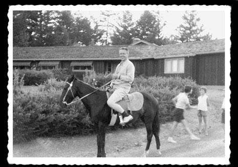 Schulz on horseback