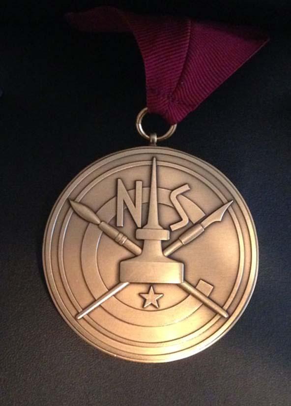 Lynns-medal-front.jpg