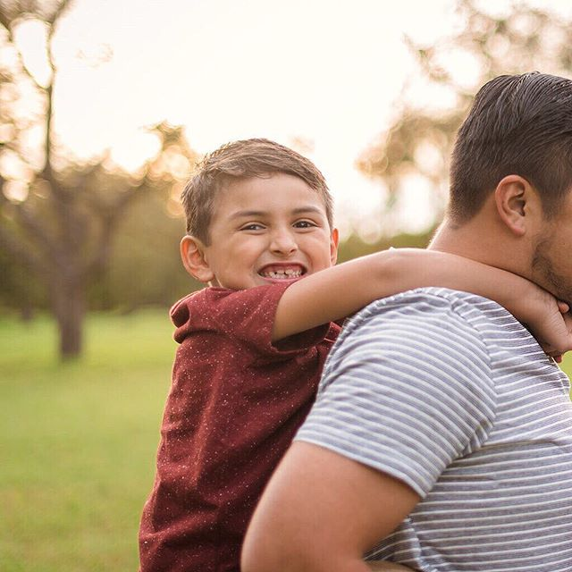 I'm really digging these pano-style posts guys. 😂  That aside, look at these two adorable mocosos. 💘 • • • • • #familyphotography #austinphotographer #austinfamilyphotographer #austintexas #georgetowntx #texasphotographer #familygoals #familypictures #familyphotoshoot #familyphotos #familyportraits #familyadventures #familysession #familymoments #texas #512 #centraltexas #texashillcountry