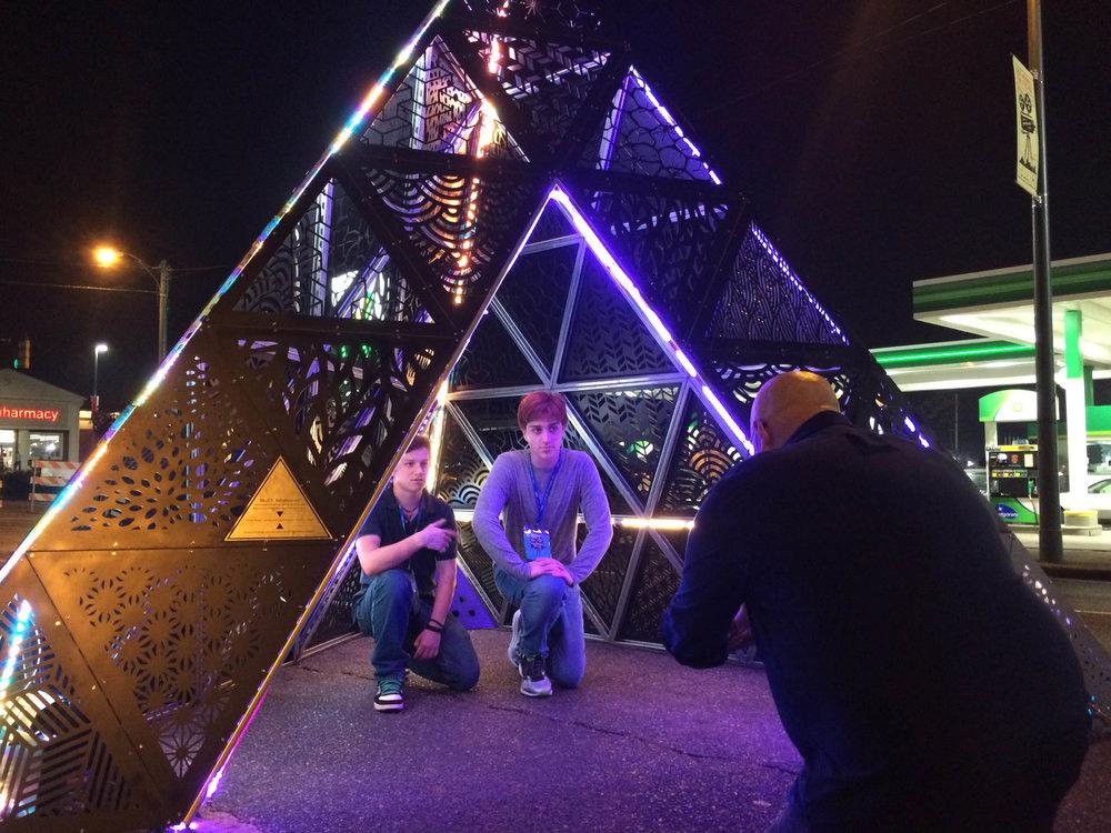 MOD 1 Tetrahedron Indie Memphis 0008.jpg