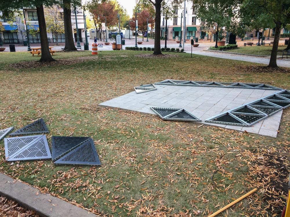 MOD 1 Tetrahedron Downtown Installation 0005.jpg