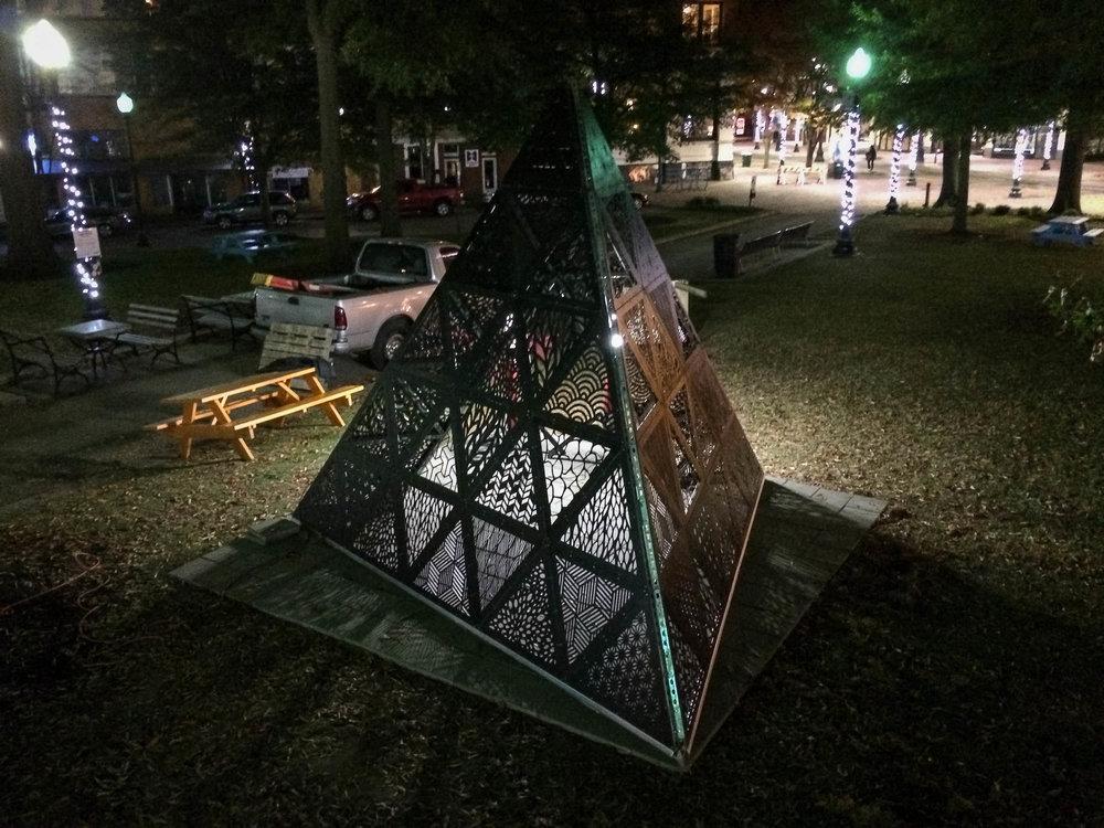 MOD 1 Tetrahedron Downtown Installation 0015.jpg