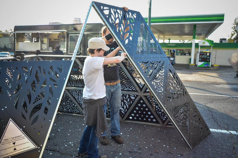 MOD 1 Tetrahedron at Indie Memphis 2017 0041.jpg