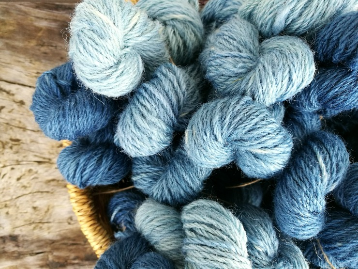 Indigo dyed gradient sets. Image copyright @blackisleyarns