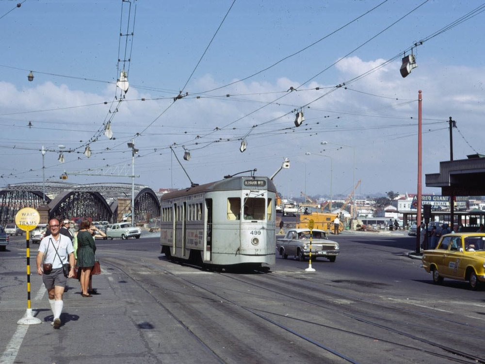 post_trams_14_BCC_499_Queen_St_at_North_Quay_April1969_fixed