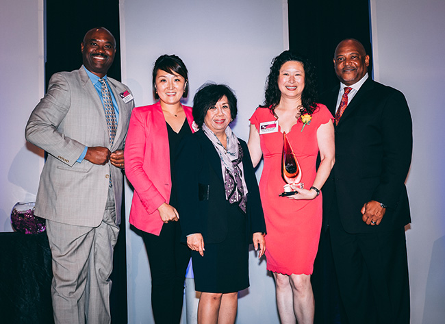 (Left to Right) Ken Ashford, Metropolitan Water District of Southern California; Amanda Ma, Innovate Marketing Group; Virginia Gomez, SCMSDC; Lindy Huang Werges; Charles Harmon, American Honda Motor Co. (Source: SCMSDC)