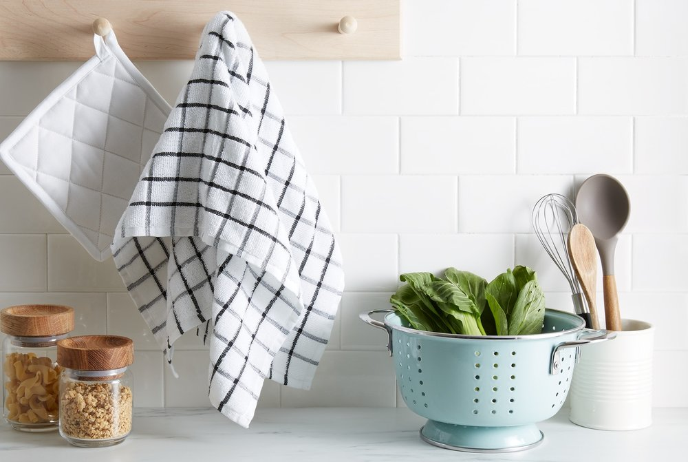 Organic Cotton Dish Towel: 5/5 - I love these! I needed to update my old dish towels and $3 a piece is a steal. They're actually much bigger than I expected, but I still like the look of having two. These towels are thick and absorbent which is exactly what I was hoping for.