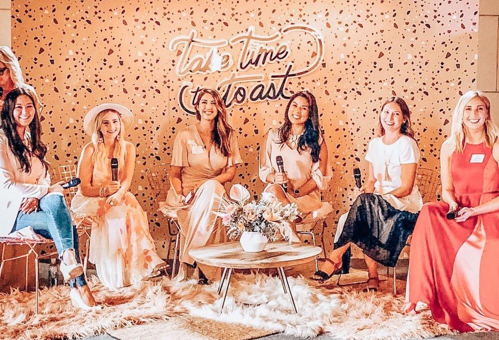 From left to right: Elise Armitage, Lauren Denham, Jodee Debes, Daphnie Yang, Deana Mamlieva, and Victoria Gurtler. Photo via @deana_mamlieva on Instagram