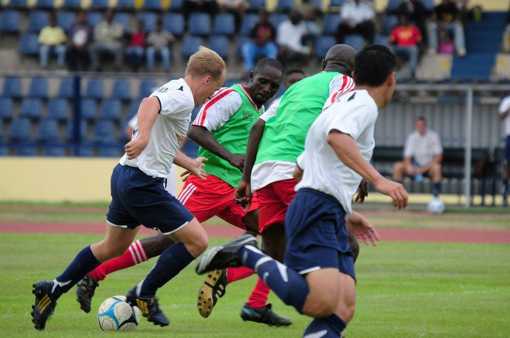 athletes-ball-football-2199.jpg