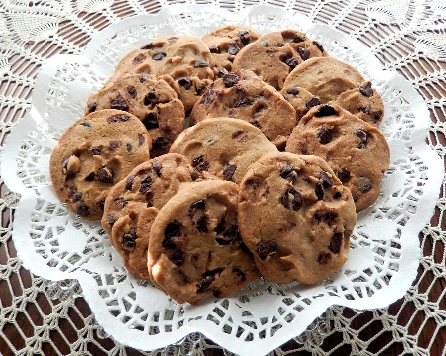 chocolate-chip-cookies-940428_960_720.jpg