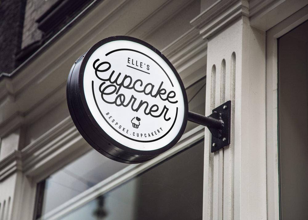 elles-cupcakes-sign.jpg