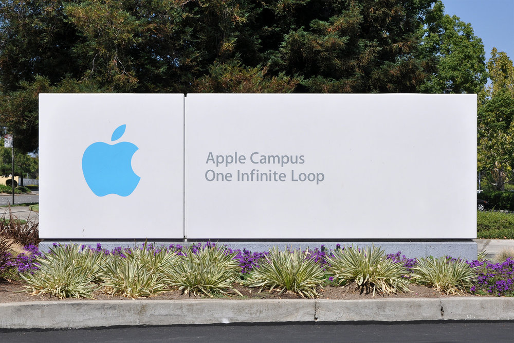 Apple_Campus_One_Infinite_Loop_Sign-X3.jpg