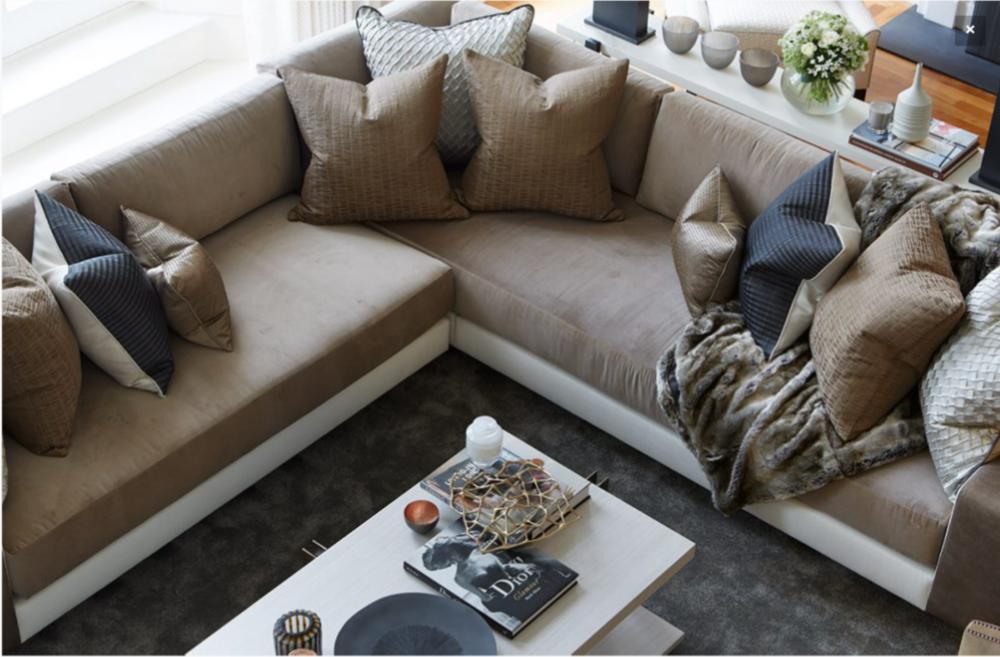 Rachel-Winham-Contemporary-Living-Room-2