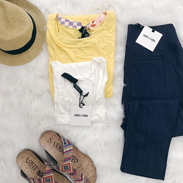 Summer ready! . . .  #flatlay #agnesanddoraandme #jeggings #yellowmellow #summerbody #summertime #stylebox #capsulewardrobe #flatlaystyle #flatlayforever