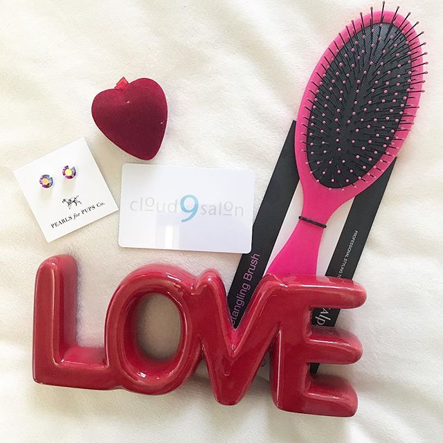 Don't forget this Valentines Day, Love is in the HAIR!! There's still time to get a special gift for that special someone! Stop in today or you could even call to get a giftcard over the phone! 301-854-9511 ❤️❤️❤️