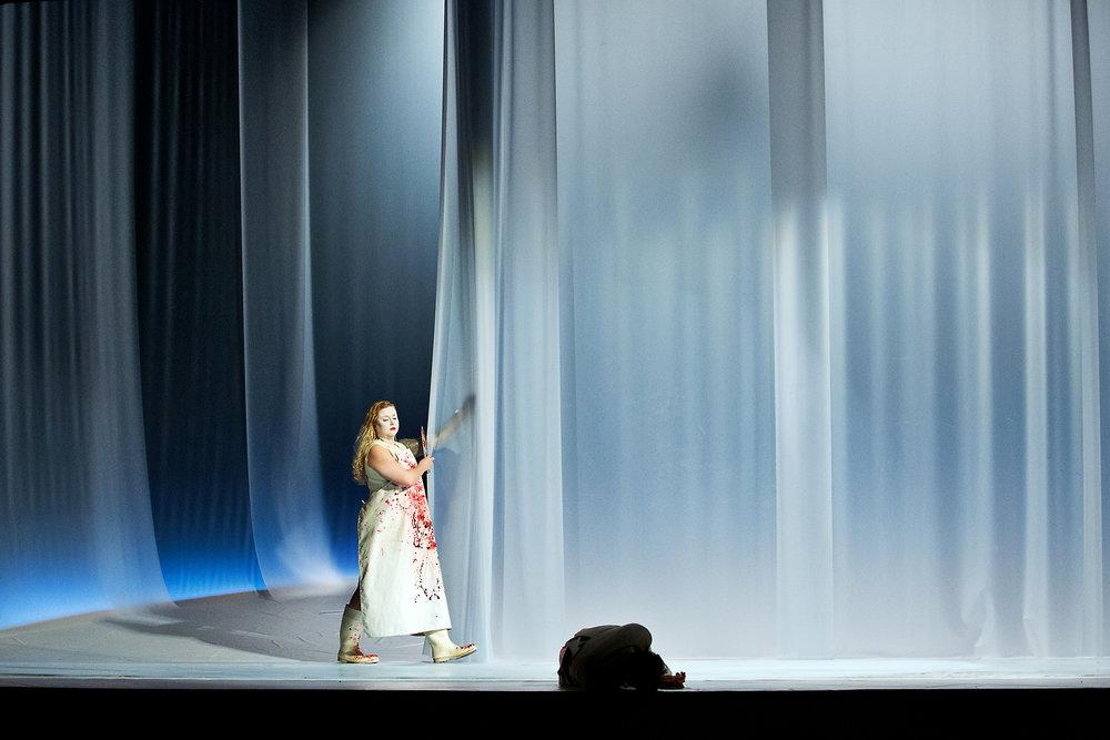 Christoph Gehre - Oreste - Bühnenbild - 2.jpg