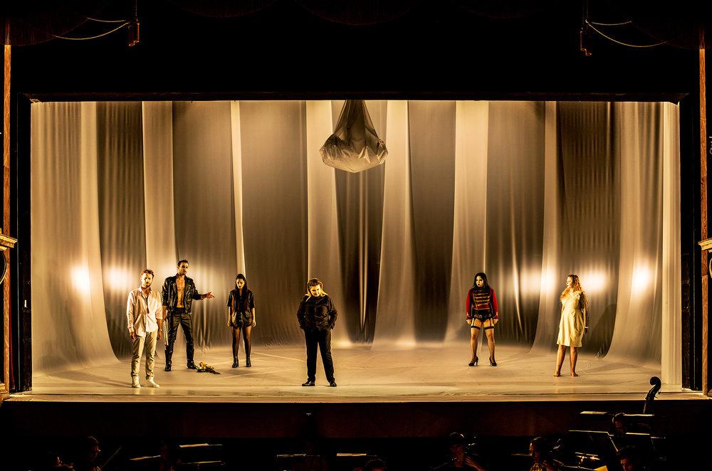 Christoph Gehre - Oreste - Bühnenbild - 5.jpg