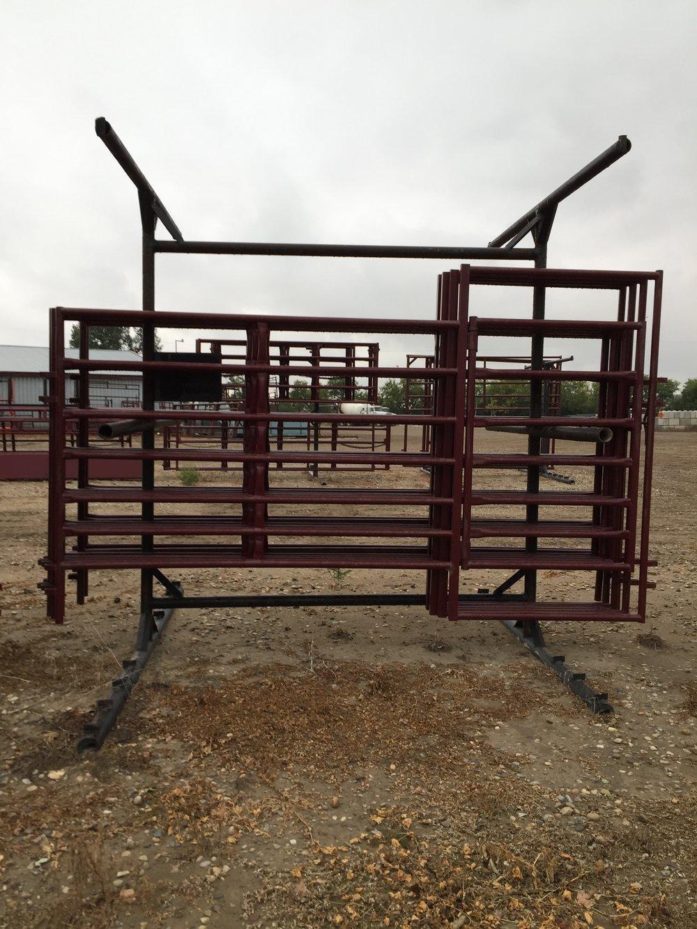 S7 panel w 4' gate.JPG
