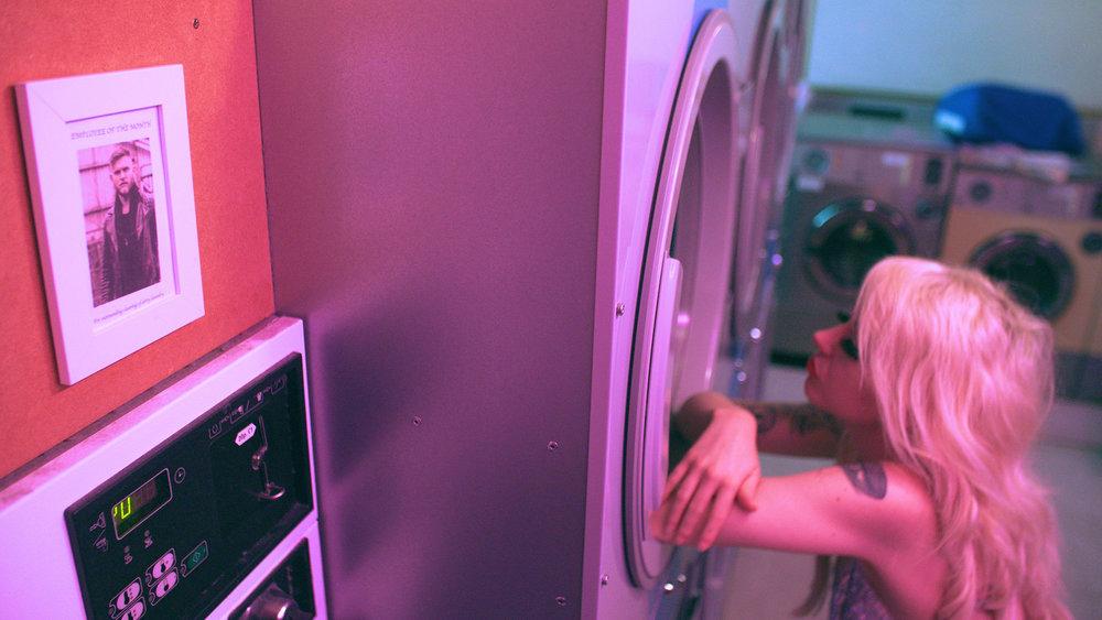 Dirty-Laundry_008_vfx.00_03_05_11.Still042.jpg