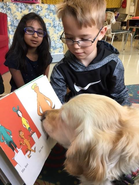 Anya reading with the children at Kutz