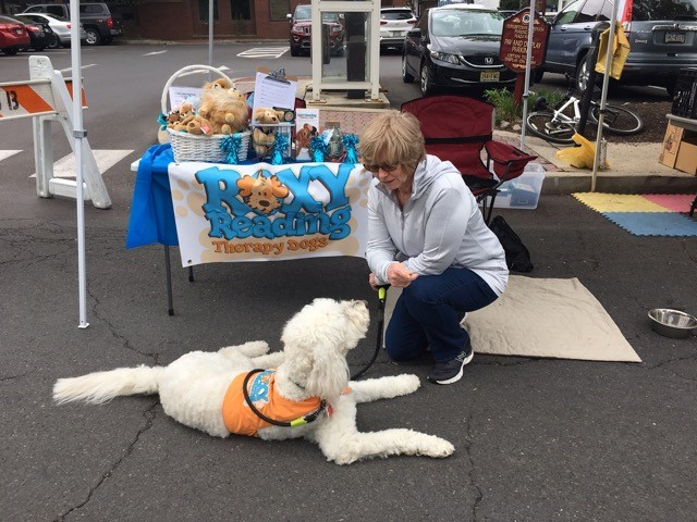 RTD volunteer Sheila Lee and her dog, Maggie Doodle, greeted all the shoppers on Saturday, May 6, 2017.