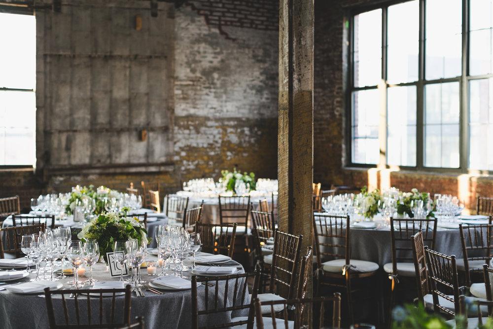 sophisticated-brooklyn-wedding-greenpoint-loft-IG04.jpg