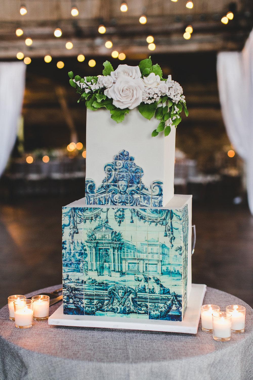 sophisticated-brooklyn-wedding-greenpoint-loft-IG05.jpg