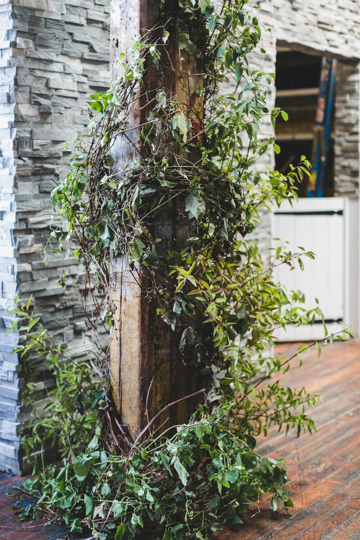 sophisticated-brooklyn-wedding-greenpoint-loft-IG22.jpg