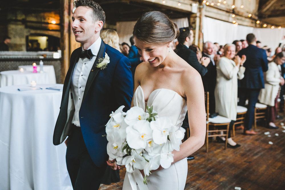 sophisticated-brooklyn-wedding-greenpoint-loft-IG44.jpg