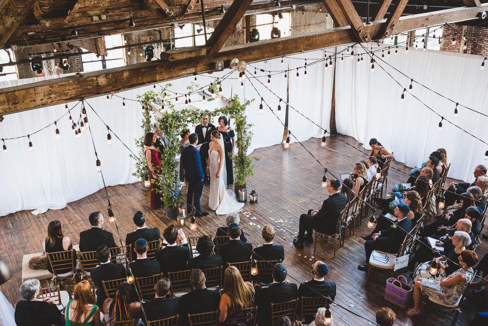 sophisticated-brooklyn-wedding-greenpoint-loft-IG45.jpg