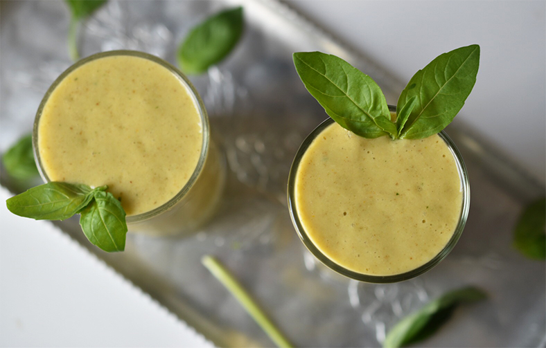 mango basil smoothie.jpeg