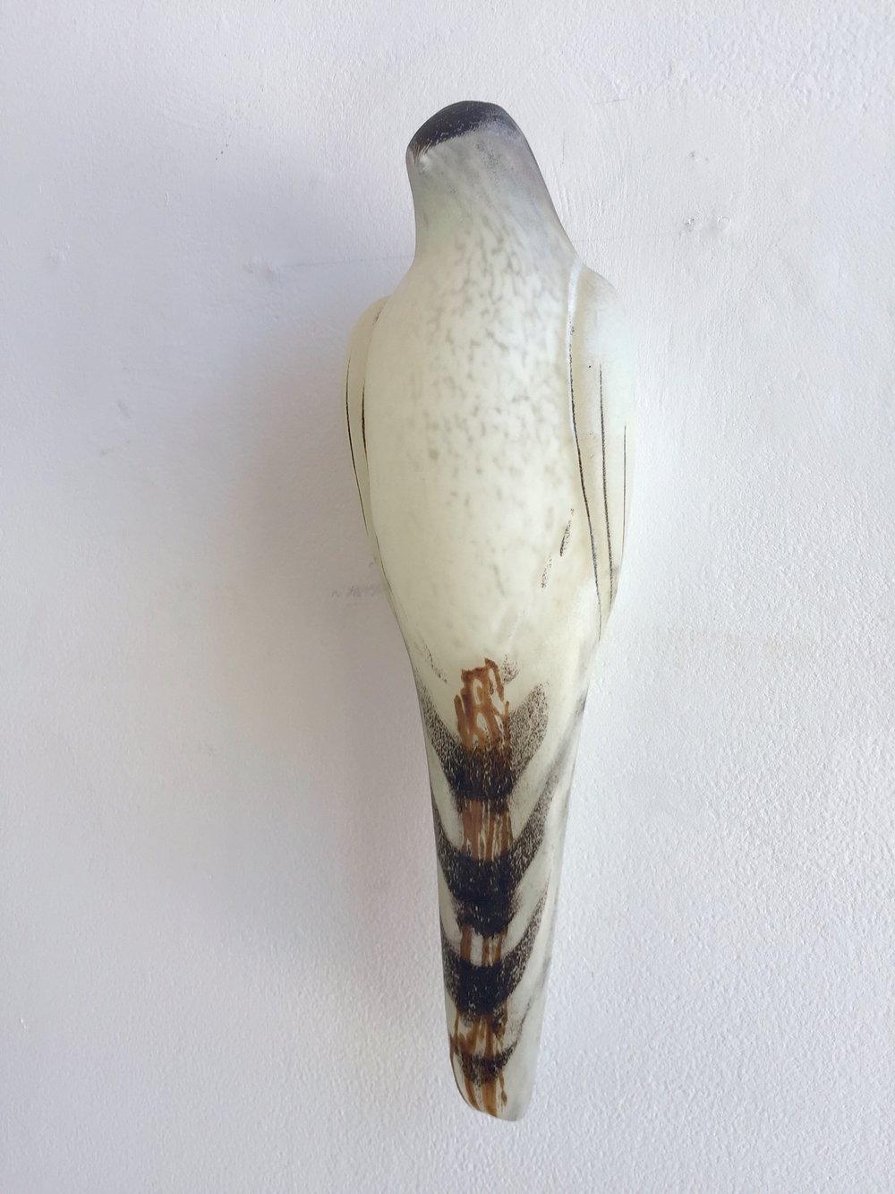 """White Lace Bird,"" 2018  Hand blown pigmented glass  16 x 51⁄2 x 41⁄4 inches"