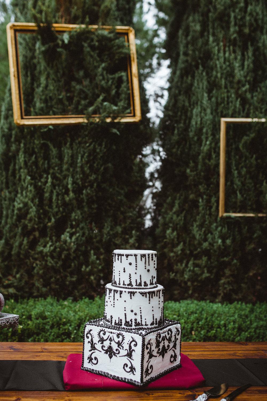 October-Details-Wedding-Pasadena-California-Halloween-Tim-Burton-Alice-Wonderland-Whimsical-Hieusz-Photography-36.jpg
