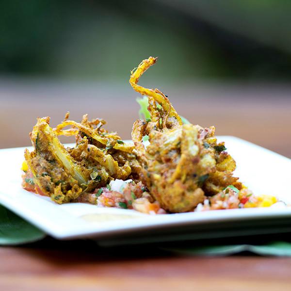 sourced_cooking_veggie_onion_bhaji_01-square.jpg