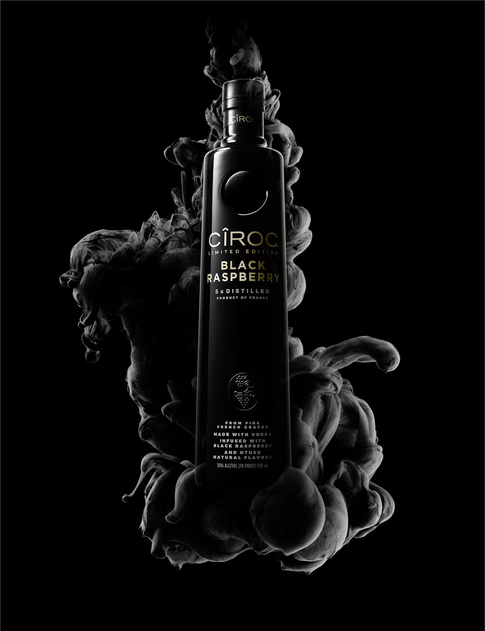 Ciroc_BlackRaspberry_Smoke_Final.jpg