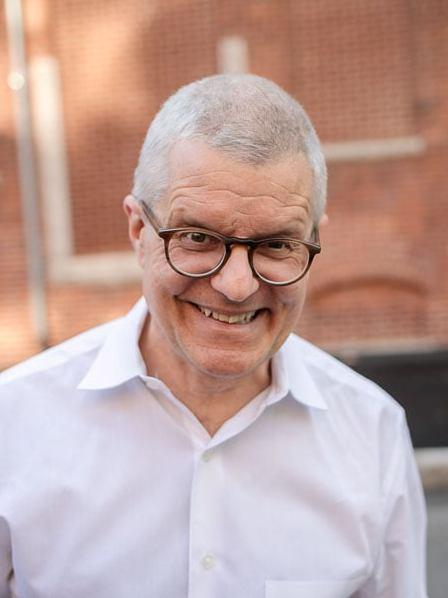 Alexander Jablokov for bio page.jpg