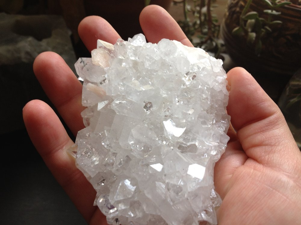apophylite cluster / krista-mitchell.com