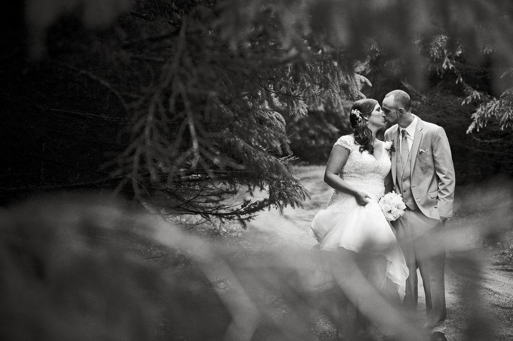 TerraSuraPhotography-Wedding-Web-0633.jpg