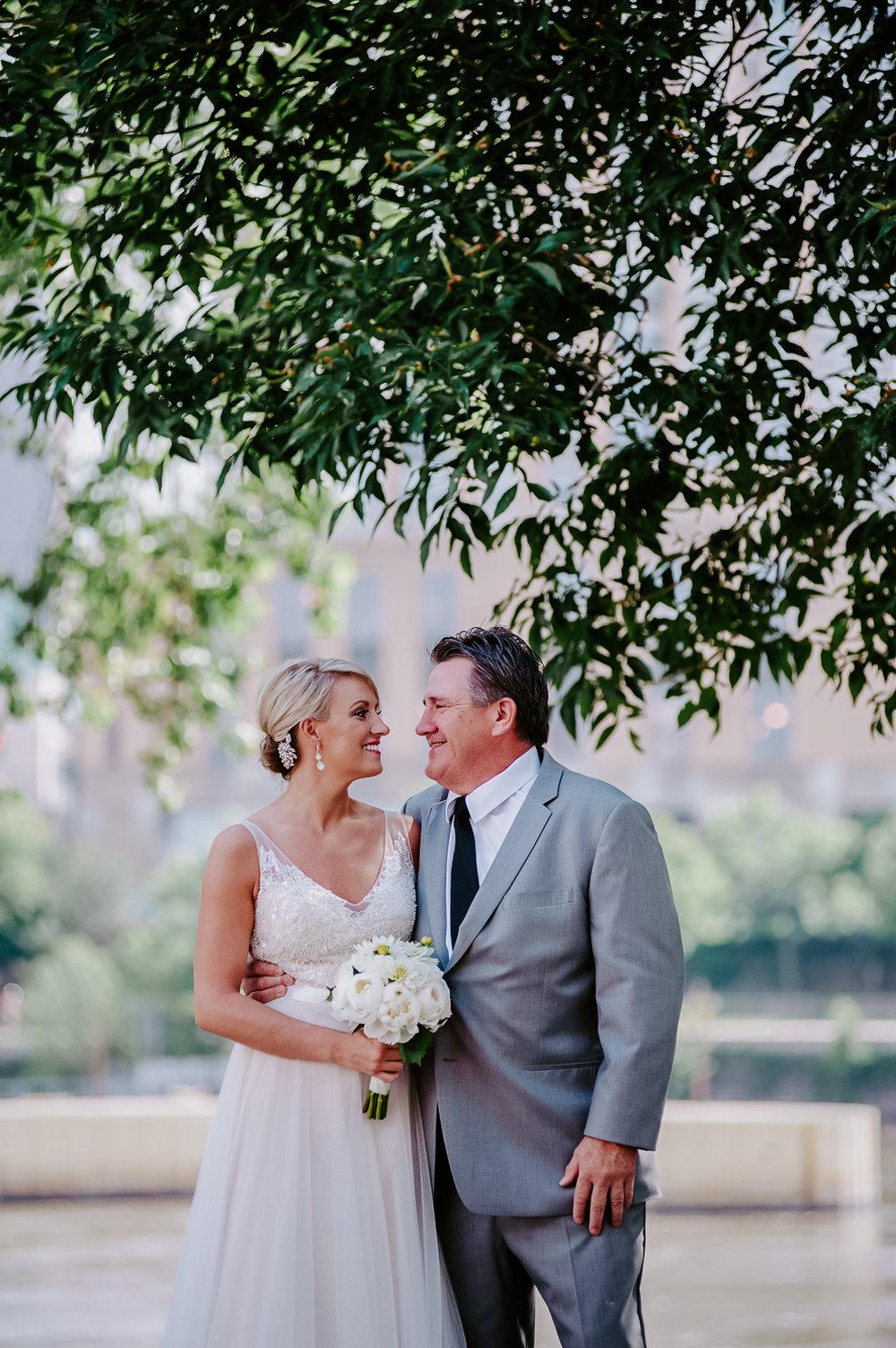 TerraSuraPhotography-Wedding-Web-6315.jpg