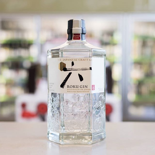 Japanese Gin. Yes it's a thing. And brought to you from Suntory is this fine drop. We're all about it because not only does it contain the traditional botanicals (juniper, orange peel, coriander, cinnamon) but also six Japanese botanicals that take you through the four seasons: sakura leaf and flower for spring 🌸, sencha tea and gyokuro tea for summer 🍵, sansho pepper for autumn 🍂 and yuzu peel for winter 🍊. And bottled in a stunning piece of artwork if we do say so ourselves!  #portersliquorryde #midwaycellars #japanesegin #craftgin #ginlover #japan #botanical #suntory #rokugin #japaneseliquor #lovegin #rokugin