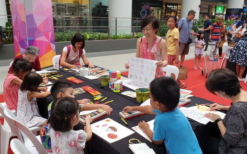 Elisa-Liu-Art-SAMH-Painting-Workshop-01.jpg