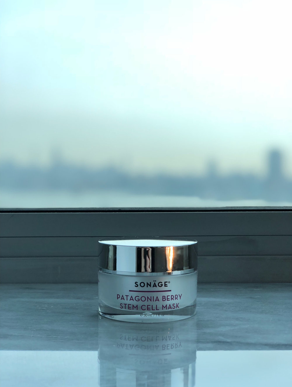 The Sonäge Patagonia Berry Stem Cell Mask