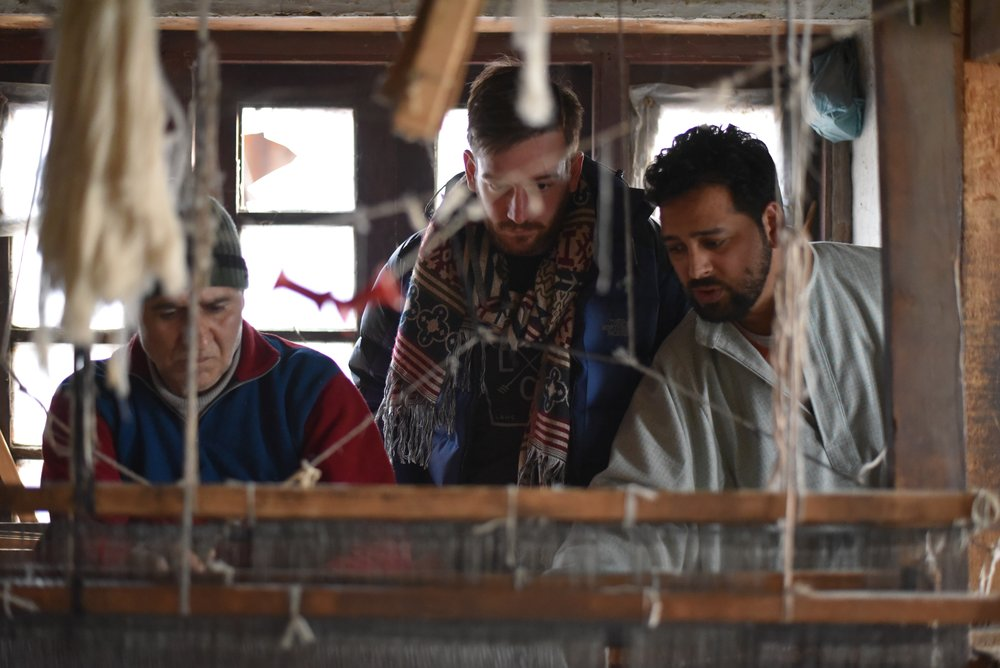 Ethically-Engaged Workshops - Cashmere from Kashmir has vetted dozens of suppliers of cashmere goods, selecting only the most professional workshops to help us create high-quality products. Our visits to our workshops help ensure we source everything ethically from authentic, expert artisans.