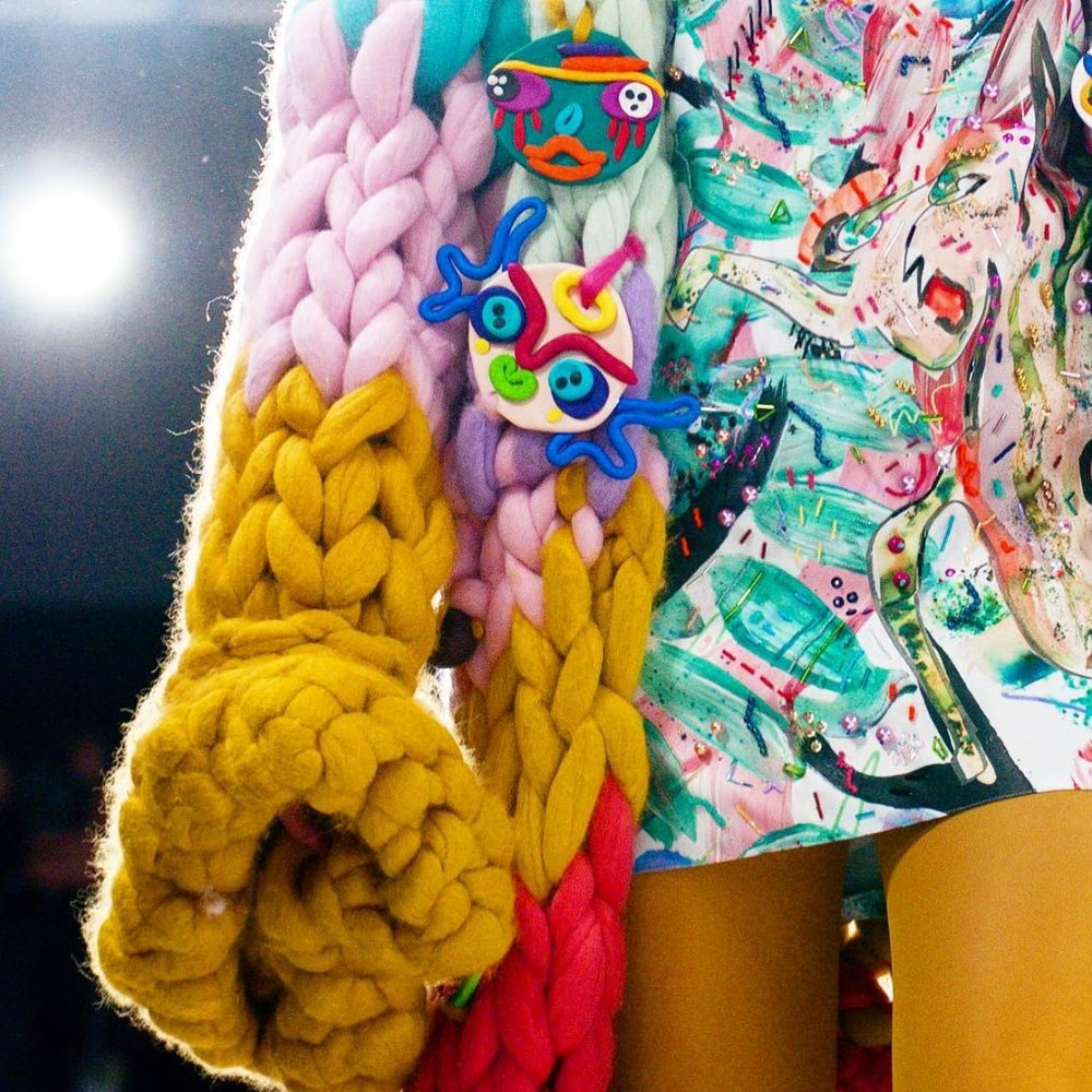 Macaulays garments personify the creative force of this incredibly talented young designer. Her Fashion collections offer Print, Knit and Embroidery in a seamless blend of Catwalk Couture.