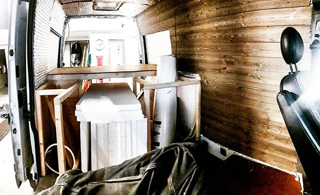 Insulation done, thinking of redesigning the interior, before I continue. #vanlife #buildforadventure #mtb #mountainbike #roadtrip2018 #homeiswhereyouparkit #torsby #värmland