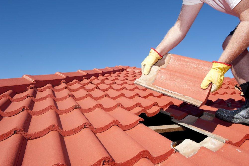 Une toiture neuve et bien isolée fait baisser les factures de chauffage ?      Recevez des devis de nos couvreurs sous 48h !