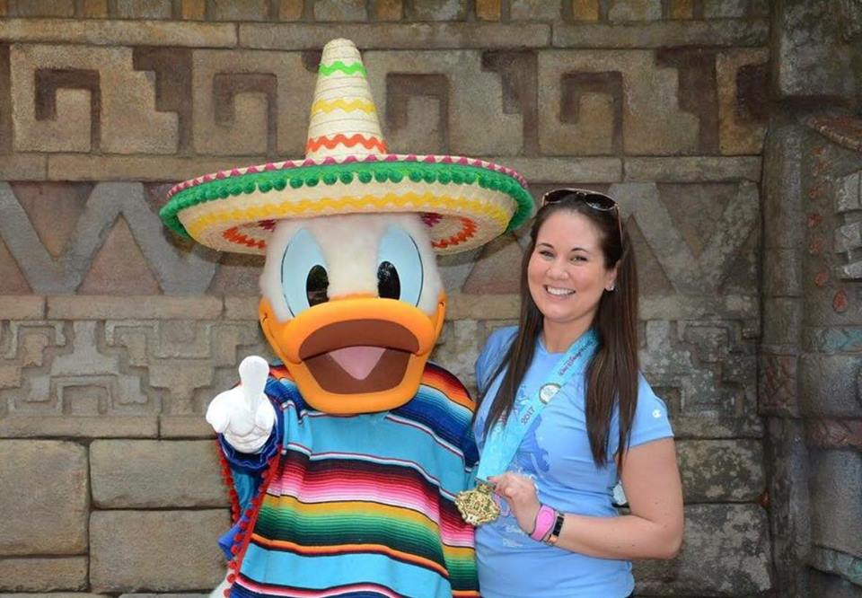 epcot-disney-donald-duck.jpg